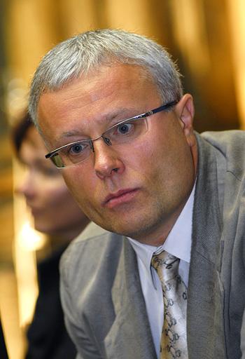 Бизнесмен Лебедев с сыном не собираются продавать Independent